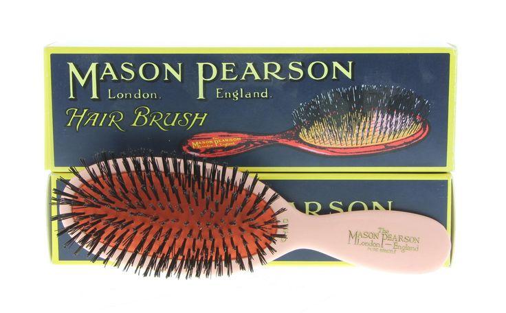 Mason Pearson Pocket Bristle Pink Borstel CB4 Pink 1Stuks  Description: Mason Pearson Pocket Bristle Pink CB4. Handy Size. De borstel is inclusief handvat 175cm lang en het borstelgedeelte is 5cm breed. Wordt gebruikt voor kinderen van 3 t/m 8 jaar.Mason Pearson haarborstel is de Rolls Royce onder de haar borstels. Het stimuleert de bloedsomloop van de hoofdhuid ontdoet het haar beter van stof en vuildeeltjes en zorgt voor een natuurlijke glans van het haar. Een Mason Pearson borstel is…