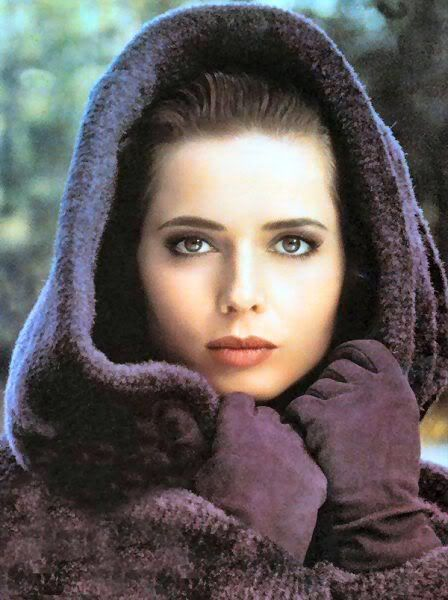 ISABELLA ROSSELLINI, A PICURE IN AUBERGINE.  THE HOKEY POKEY MAN AND AN INSANE HAWKER OF FISH BY CONNIE DURAND, AVAILABLE ON AMAZON KINDLE.