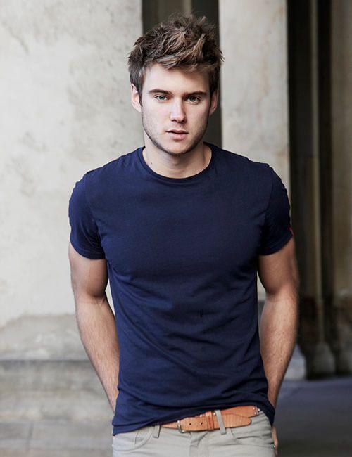Solid navy blue tight crew neck tshirt for men ⋆ Men's Fashion Blog…