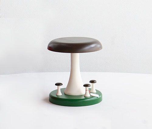 Tattijakkara / Mushroom Stool