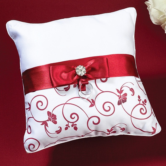 .pretty detail on this throw pillow
