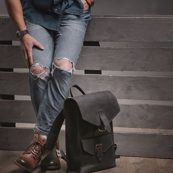 Kožený batoh - černý