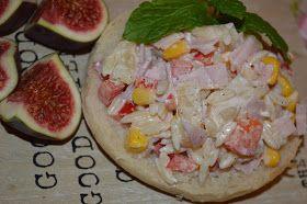 W kuchni u Moniki...: Hawajska sałatka z makaronem w kształcie ryżu
