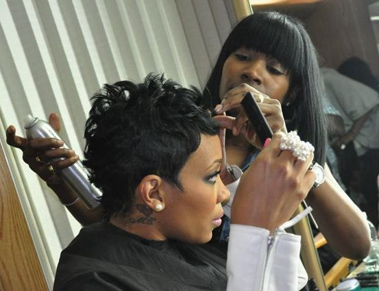 Rihanna and Monica share quite a few commonalities. Both are beautiful R&B singers. Both are currently rocking chic short haircuts. In fact, both have the same hairstylist, Ursula Stephens for...