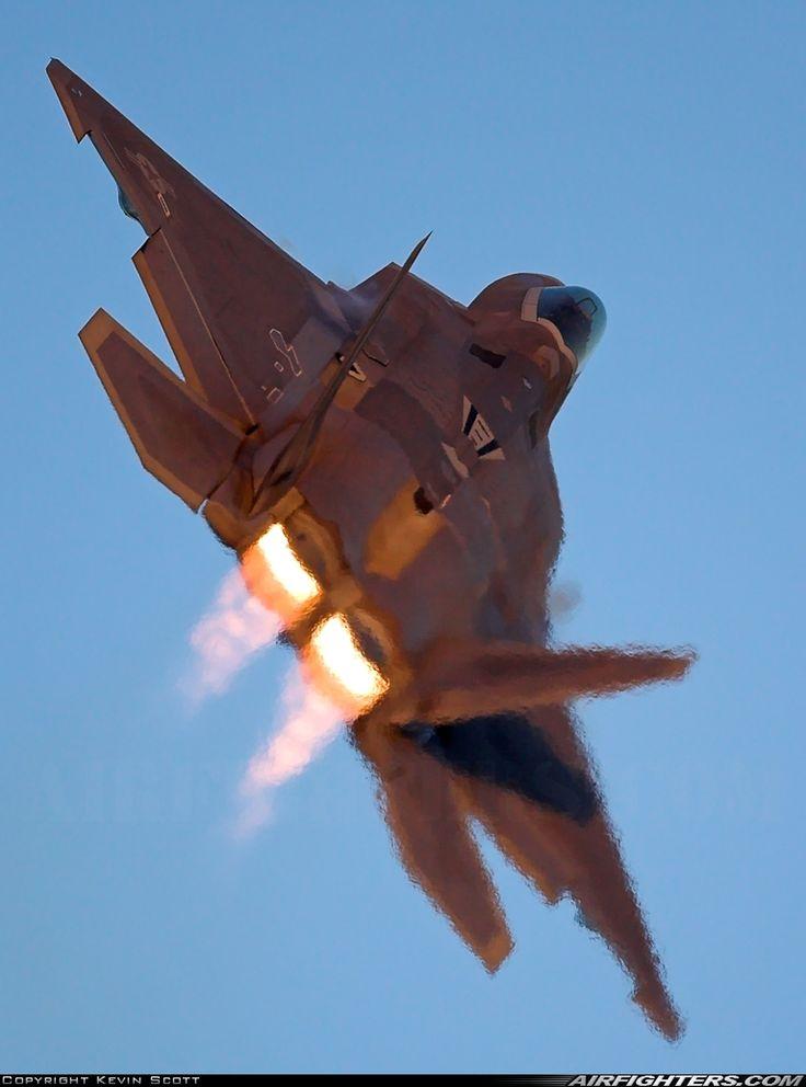 F-22 climbing away in full afterburner.[768x1036]