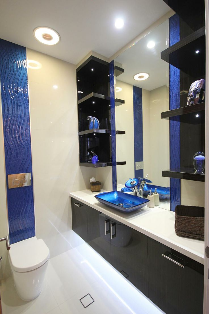 Elements of glass in a bathroom - Glass Xpressions, Gold Coast - http://www.glassxpressions.com.au/