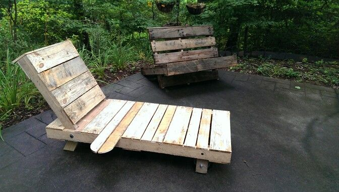 Pallet chaise lounge chair for Annie to bask in the sun Pallet Projects