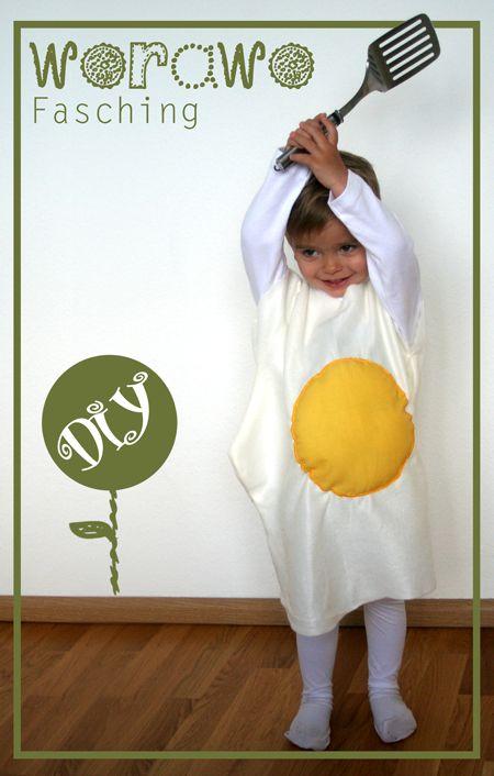 Spiegelei-Kostüm - http://schoenstricken.de/2013/01/diy-faschingskostum-wettbewerb/64559_459018224151626_811863771_n/