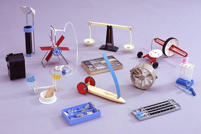戦後に活躍した工業デザイナー、秋岡芳夫と〈KAK〉を知っていますか?   カーサ ブルータス Casa BRUTUS
