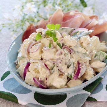 Oppskrift på potetsalat med sennep og mild curry
