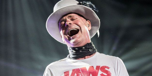 Tragically Hip Curtain Call Soaked With The Tears Of A Nation