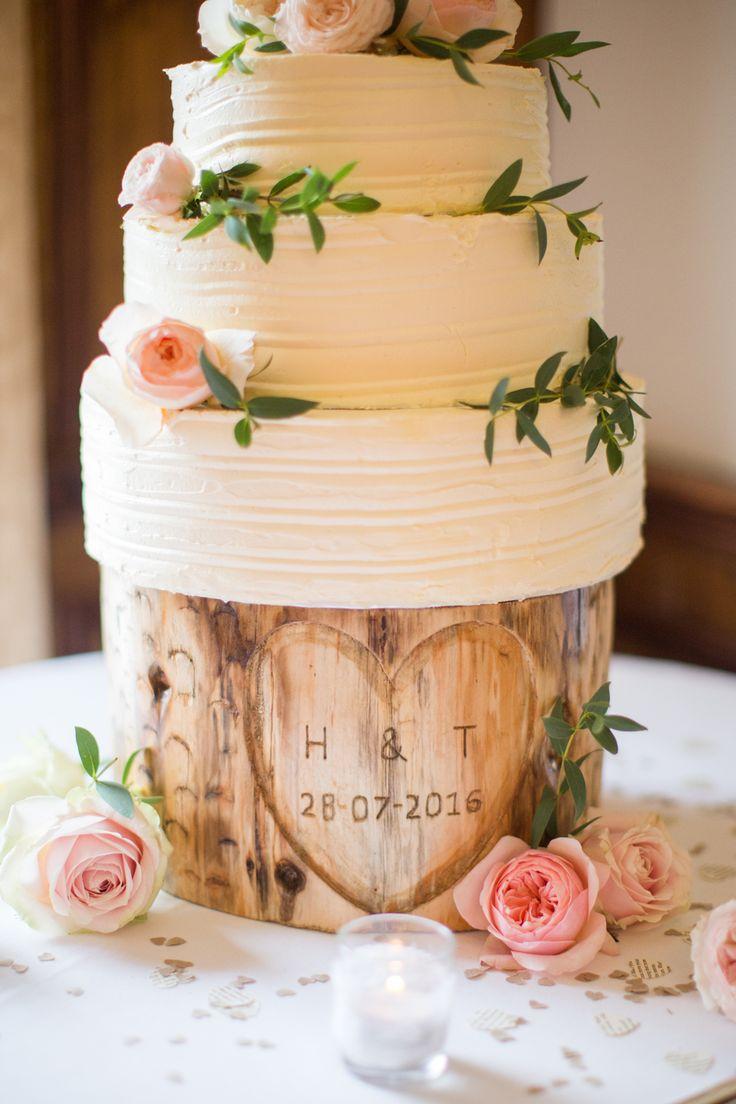 Romantic Irish Wedding with Dreamy Style & Florals