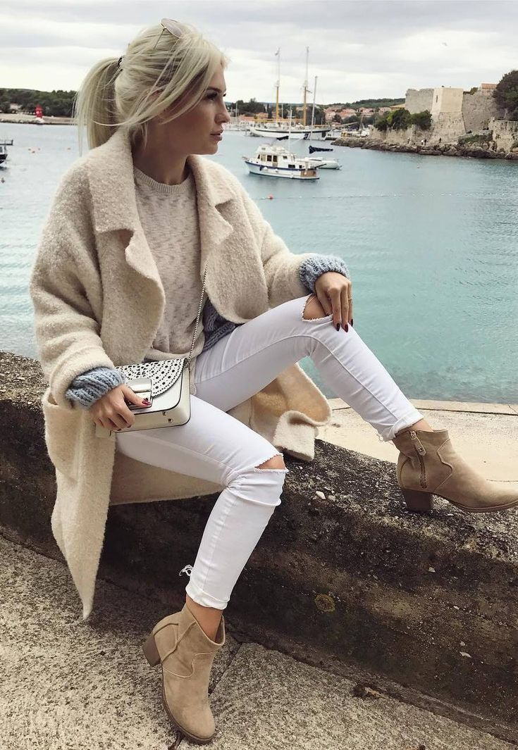Casual outfit – beige cardigan – fashion business casual | business casual attir…