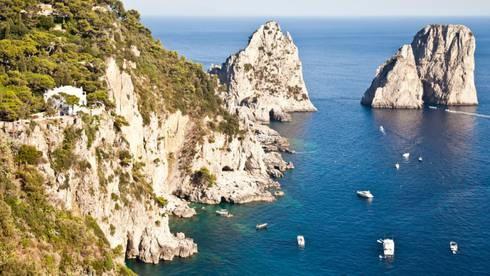 Capri Island, i Faraglioni