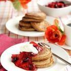 Foto de receta: Panqueques americanos con dulce de frutos rojos