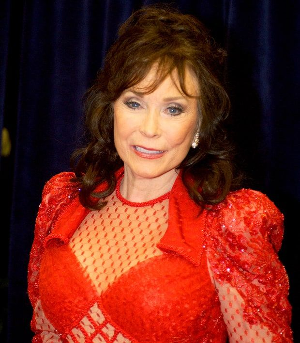 Loretta Lynn's official Facebook page announced that her eldest daughter died at the age of 64 on Monday, July 29