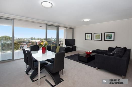 19/42-48 Waverley Street Bondi Junction, Sydney.Experience Bondi Junction's finest short stay rental option in the exclusive, just completed luxury security building – Arcadia. This incredible brand new, 2 bedroom, 2 bathroom Bondi Junction apartment is well positioned on the 6th floor and has sweeping district views, and glimpses of the ocean and Botany Bay, which can be enjoyed from the massive wrap around balcony.