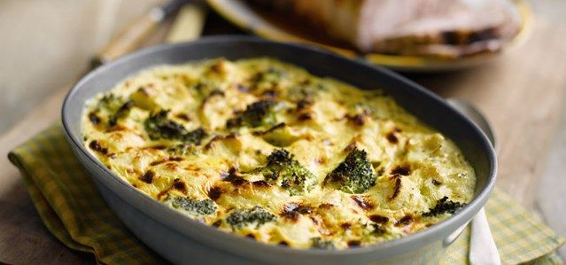 Recept voor Quiche met broccoli, cashewnoten en blauwe kaas & bospaddenstoelensoep | Solo Open Kitchen