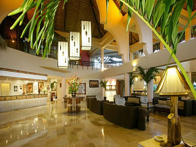 "Hotelurile din Republica Dominicană nominalizate la ""World Travel Awards 2012""   http://www.viza.md/content/hotelurile-din-republica-dominican%C4%83-nominalizate-la-%E2%80%9Eworld-travel-awards-2012%E2%80%9D#"