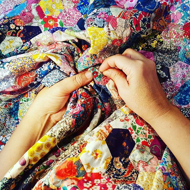 More hand quilting today what are you doing?