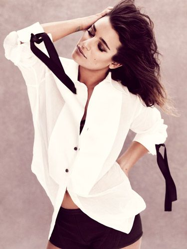 Lea Michele Fashion Photos - Style Pictures of Lea Michele - Marie Claire