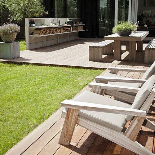 Muebles de terraza madera color claro decoracion en for Muebles terraza madera