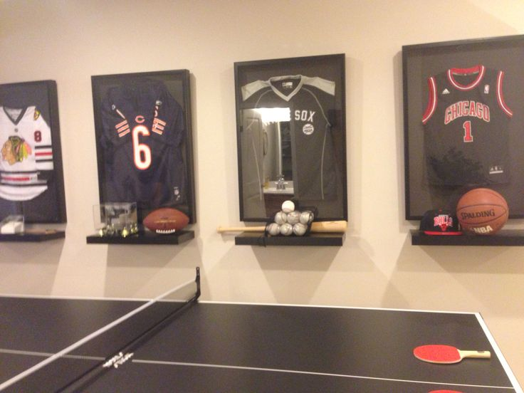Framed jerseys
