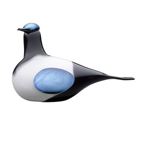 Magpie .  LOve these Finnish glass birds by Toikka