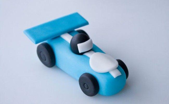Cómo hacer un coche de carreras para decorar tartas                                                                                                                                                     Más