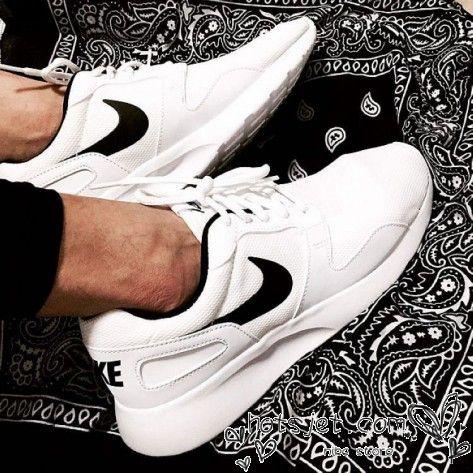 Nike Kaishi Run Womens All White Black Check