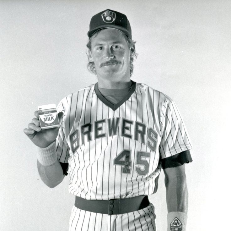 #ThrowbackThursday: January 11 is #NationalMilkDay so here is a picture of Rob Deer holding a milk carton! #Brewers