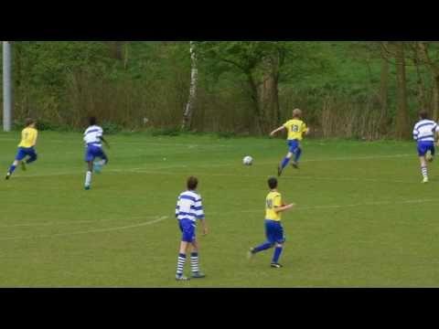 OLIVEO JO15-2 - Schipluiden JO15-1 competitie wedstrijd. Foto's: http://ift.tt/2ouR7jv OLIVEO JO15-2 heeft gewonnen met 8-0. Kijk alle mooi acties assists en #doelpunten (#youth #soccer #goals) in deze video verslag. Onder 15 zaterdag voetbal in Pijnacker. OLIVEO JO15-2 - #Schipluiden JO15-1 #voetbal #jeugdvoetbal.