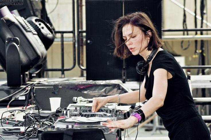 Nina Kraviz - Live at Enter Sake Bar (Space Ibiza) - 30-Aug-2012
