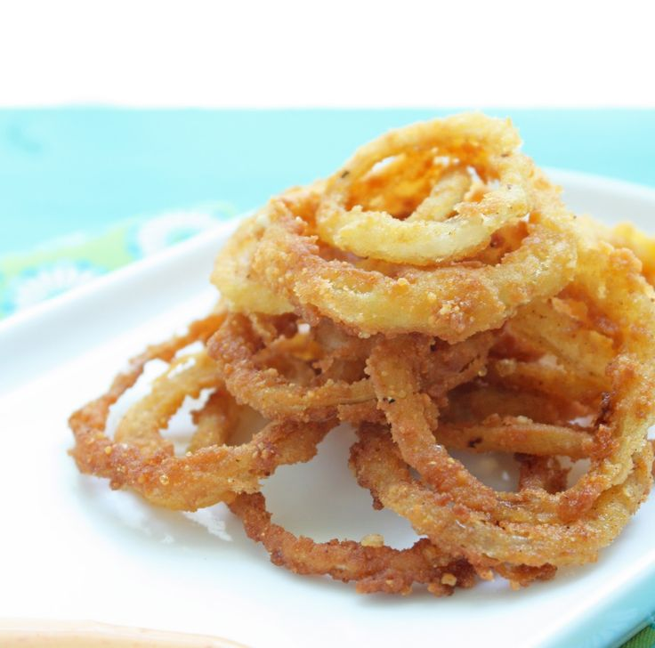 Low Carb Onion Rings - crispy on the outside, soft and sweet on the inside! These are gluten free and totally crave-worthy!