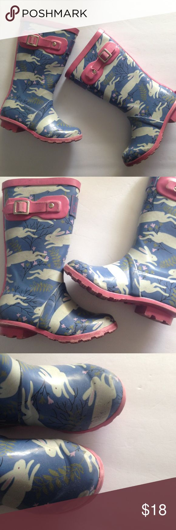 Mini Boden Bunny Wellies Rain Boots A few marks but overall great condition! Toddler girl - 27 EU/ 10 US. Mini Boden Shoes Rain & Snow Boots