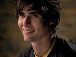 Tyson Ritter of The All-American Rejects - gotta love that smile! <3