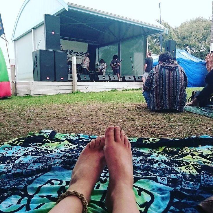 #againstourpride #music #heavymetal #metal #portfairy #sweet #saturdayafternoon #perfection #goharry #picniconthegreen #moyneyanafestival by romyamelia21