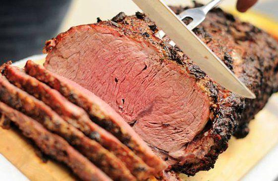 ¿Cómo preparar la receta de rosbif o roast beef? Esta carne asada tiene siglos de historia y sigue siendo un plato tradicional de los domingos.