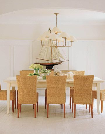 This nautical dining room features Niermann Weeks Capucine chandelier niermannweeks.com #NiermannWeeks
