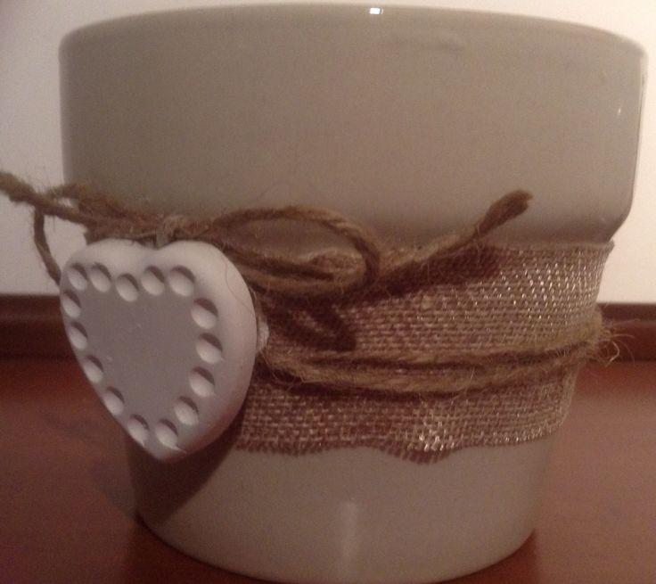 vasetto rivestito con corda e gessetto