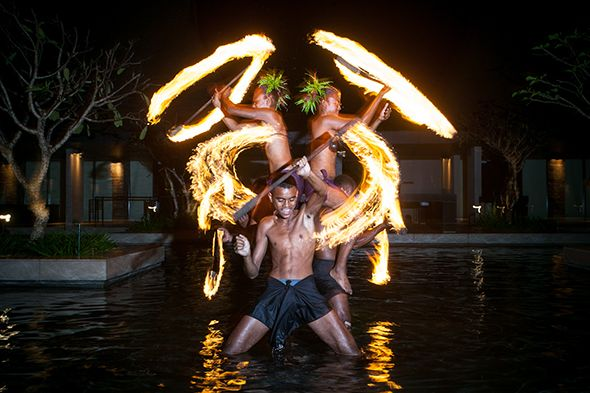 fiji wedding fire dancers, photo by hilarycam.com.au