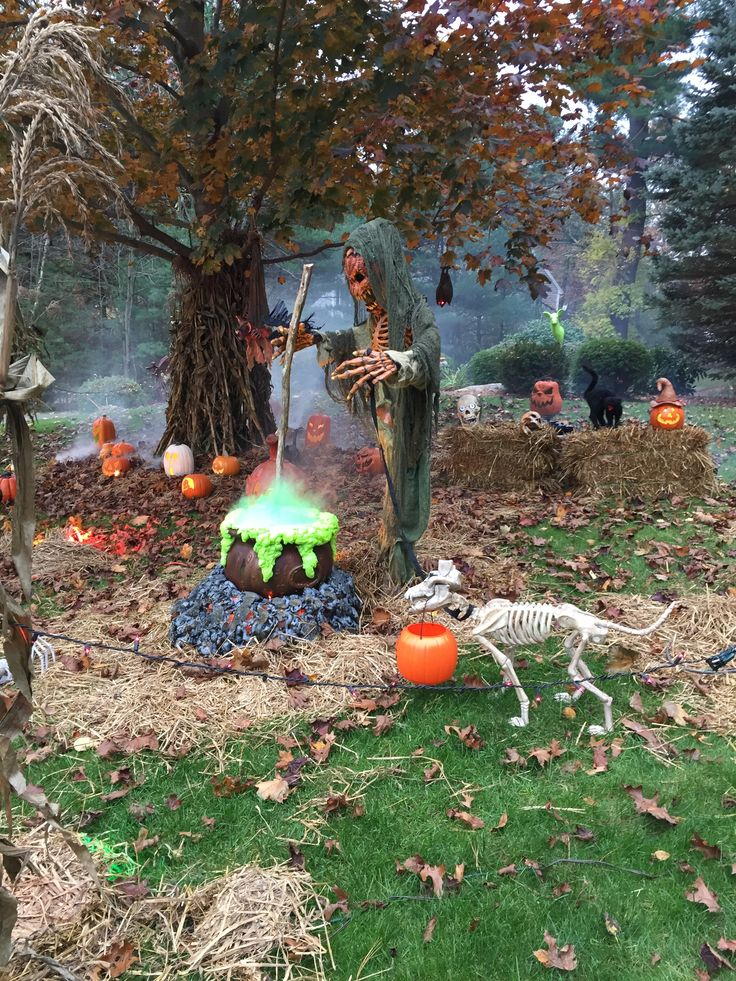 halloween yard decorations halloween diy yard haunt - Yard Decorations For Halloween