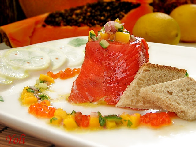 Delicious with Jolien: Salmon with goat cheese and mango salsa