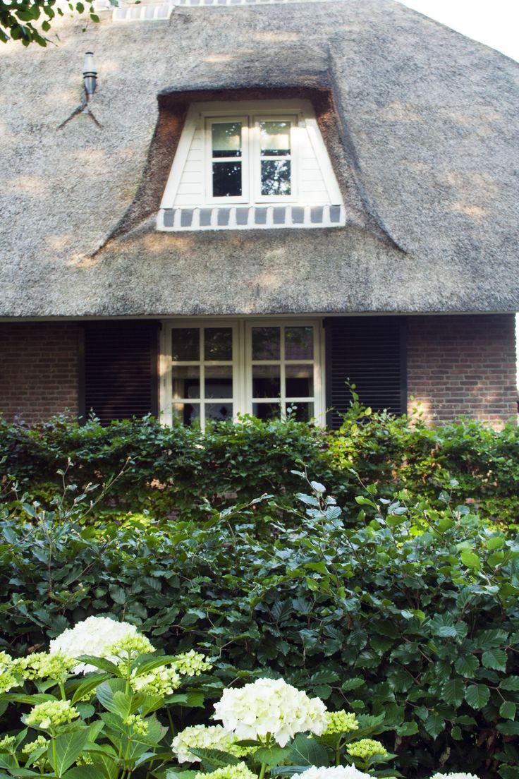 Zijkant woning | MAOD | Veluwse boerderijtuin