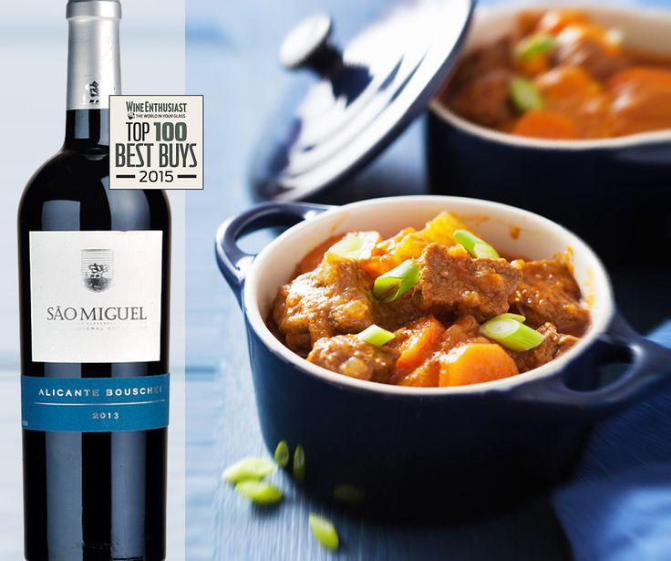 Pair this ripe, full bodied juicy Sao Miguel Alicante Buschet red wine with some hearthy stews | Partilhe a ‪#‎receita‬ com um ‪#‎winelover‬| http://fandw.me/1NyXhZp