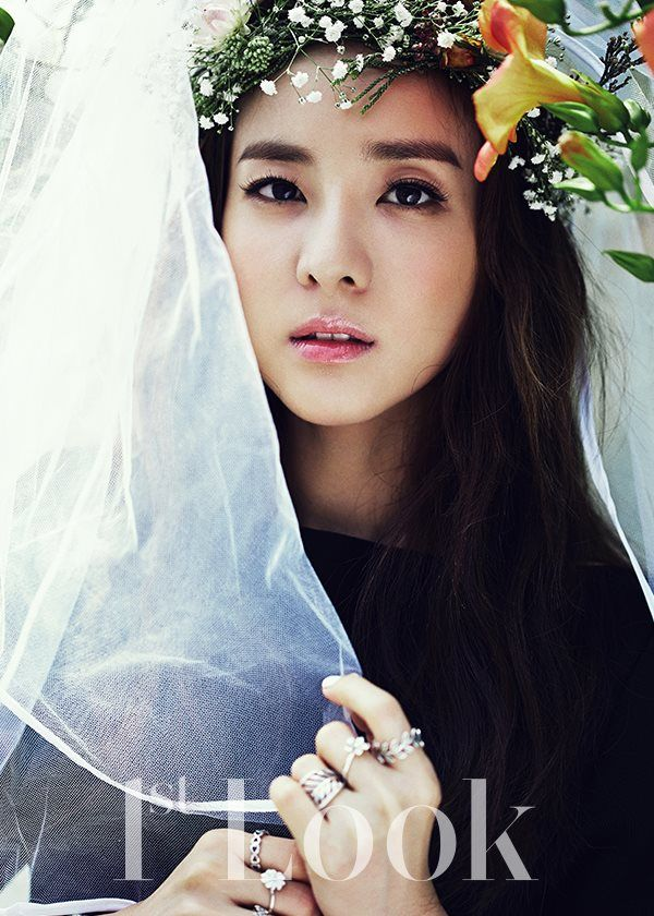 "Dara (""We Broke Up"" Webdrama) - 1st Look Magazine August Issue '15"