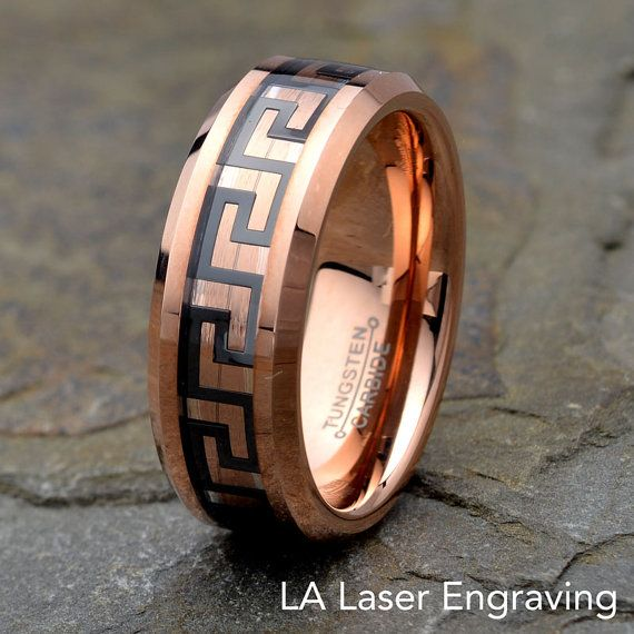 Rose Gold Plated Tungsten Carbide Wedding Band par LALaserEngraving