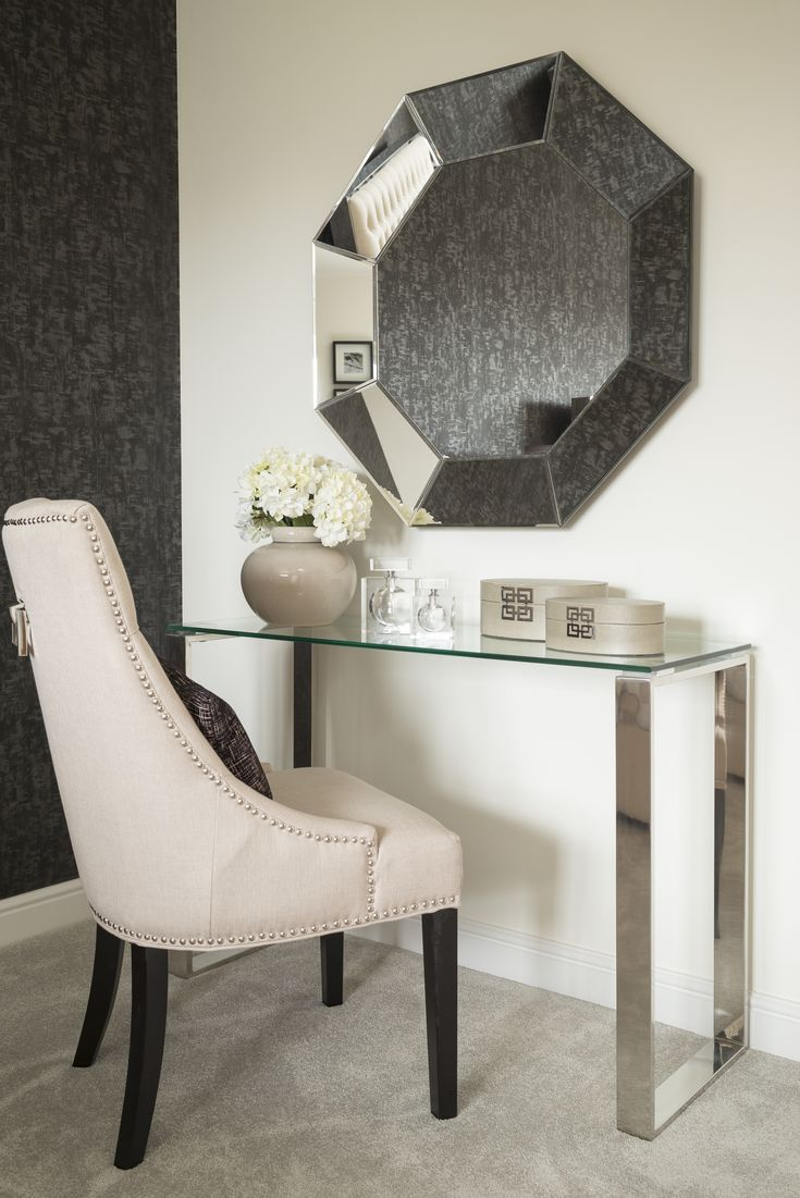 Dressing table of dreams!