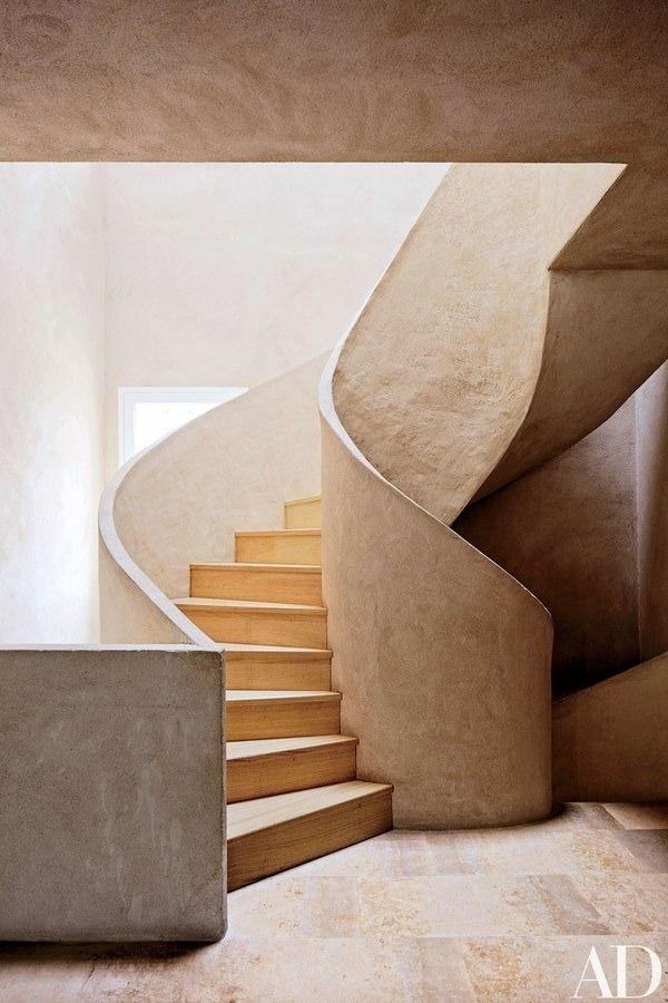 15 Striking Modern Staircases
