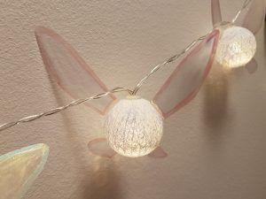 Steg för steg beskrivning hur du gör din egna coola Navi ljusslinga. Roligt pyssel som inte kräver så mycket saker eller tid.